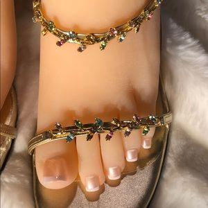 Stuart Weitzman🌷Beautiful Gold Sling Back Sandals